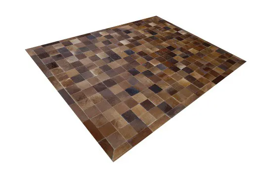 Tapete de Couro de Boi 2,0m X 1,5m Natural Costurado 7cm x 7cm Com Borda - ASV40