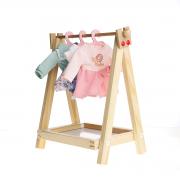 Cabideiro com 4 roupinhas da Boneca Fashion - Metoo (A boneca não faz parte deste kit)