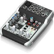 Mesa 1 canal XLR, 2 Estéreo, USB e 48v Behringer XenixQ502