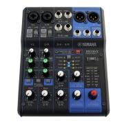 Mesa de som 6 entradas 1 saida e FX Yamaha MG06X