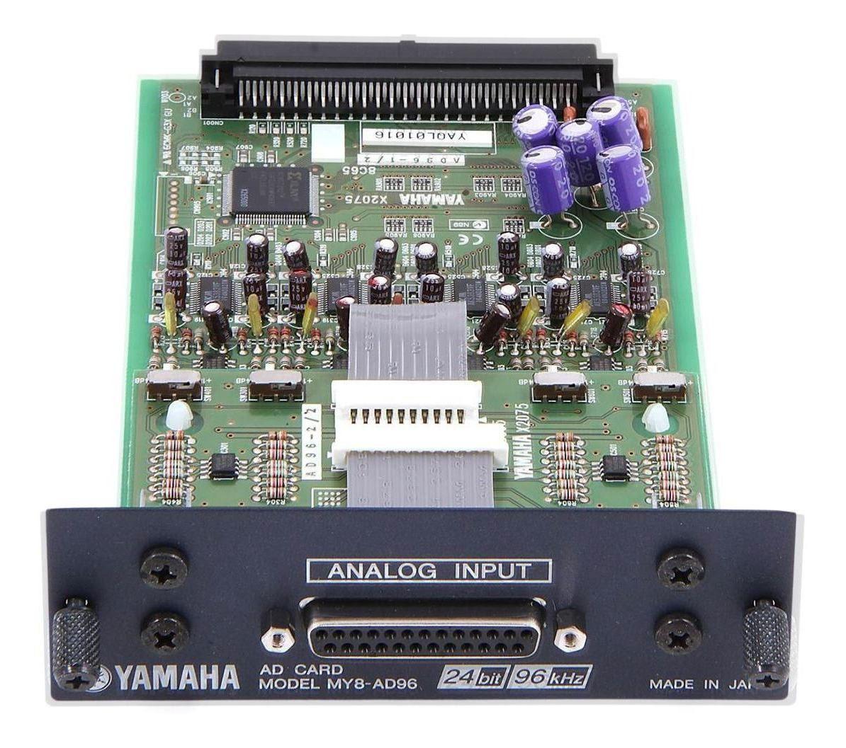 Placa de expansão 8-in/8-out 24bit / 96kHz Yamaha  MY8-ADDA96