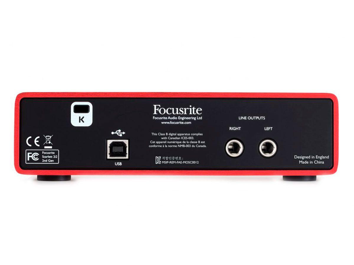 Kit Home Estúdio com interface de 2 canais, microfone e fone | Conexão XLR e P10 com 192 kHz/24 bits | Focusrite | Scarlett Studio 2i2 2nd