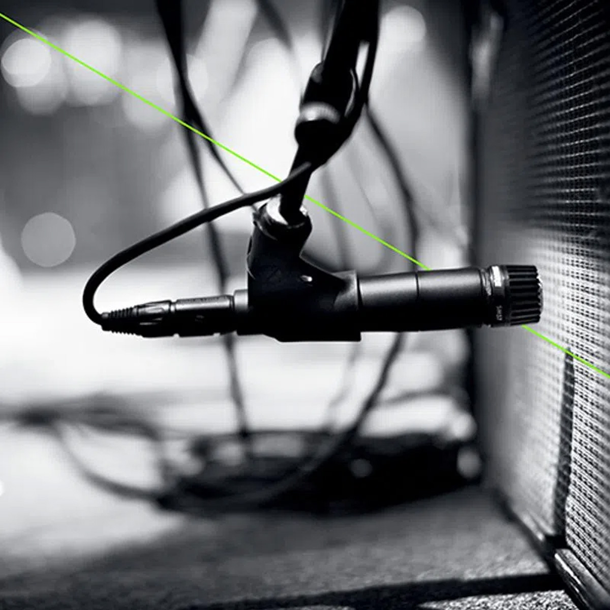 Microfone Dinâmico Cardioide para Instrumento SHURE SM57