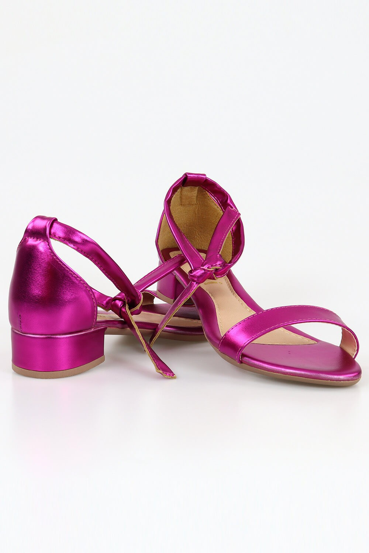 Sandália Chiquiteira Salto Baixo Faixa Amarrar Metalizado Pink BRA