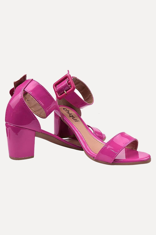 Sandália Chiquiteira Salto Baixo Faixa Fivela Verniz Pink SP