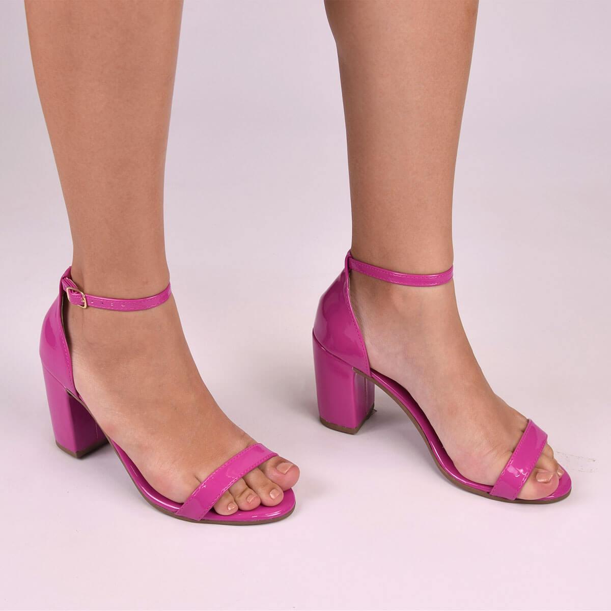 Sandália Chiquiteira Salto Grosso Faixa Verniz Pink SP