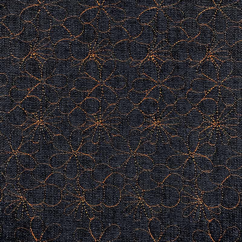 Tecido Matelassado Jeans Tradiciomal Flor Grande Linha Caramelo - 50cm X 150cm