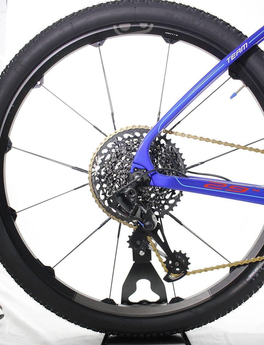 Bicicleta Aro 29 Caloi Elite Carbon Team Sram Eagle 12v T19 (semi-nova)