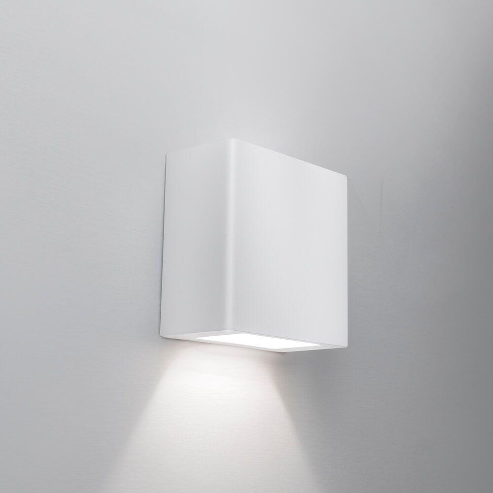 Arandela LED Newline 9587LED1 New Clean Externa 1 Facho IP43 6W 2700K 127V 100x50x100mm