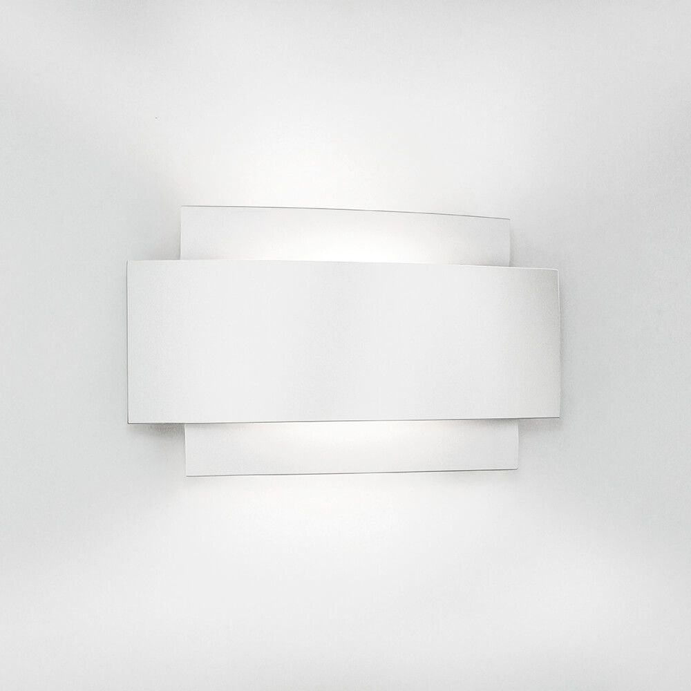 Arandela LED Newline 335LED2 Courbe LED 6W 2700K 220V 216x122x48mm