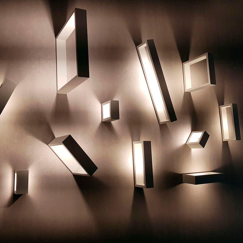 Arandela LED Newline SN10144 Portara 12W 2700K 127V 51x300x300mm