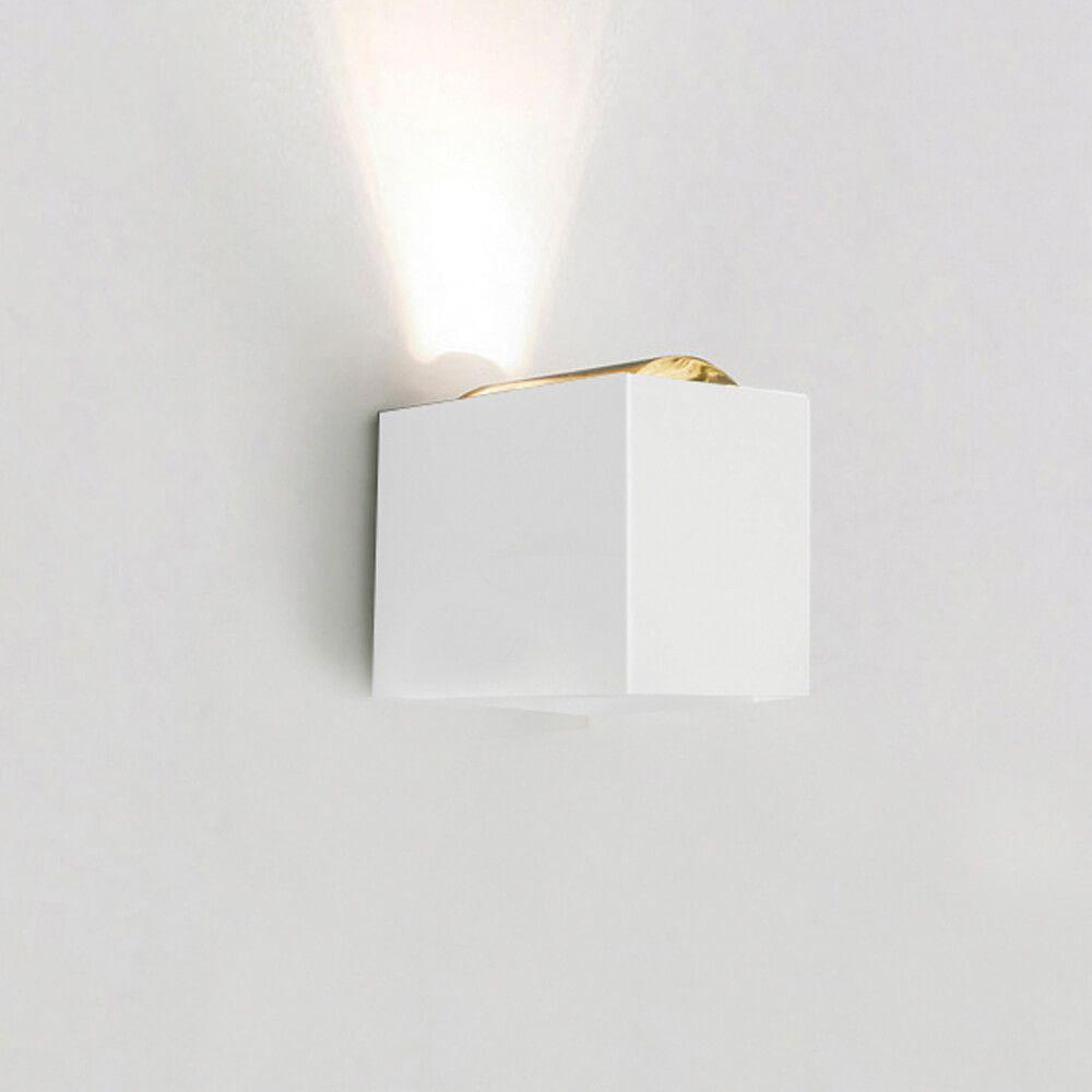 Arandela LED Newline SNT024LED1 Lens 1 Facho Fechado 6W 2700K 127V 85x111x92mm