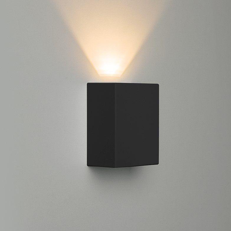 Arandela LED Stella STH6735/30 Effekt 1 Facho Aberto 4W 3000K IP65 Bivolt 60x90x120mm - Preto