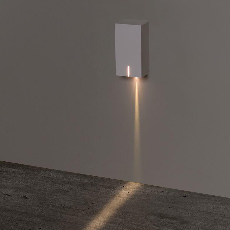 Balizador Sobrepor LED Stella STH8740/30 Risk 3W 3000K IP65 Bivolt 30x40x75mm - Branco