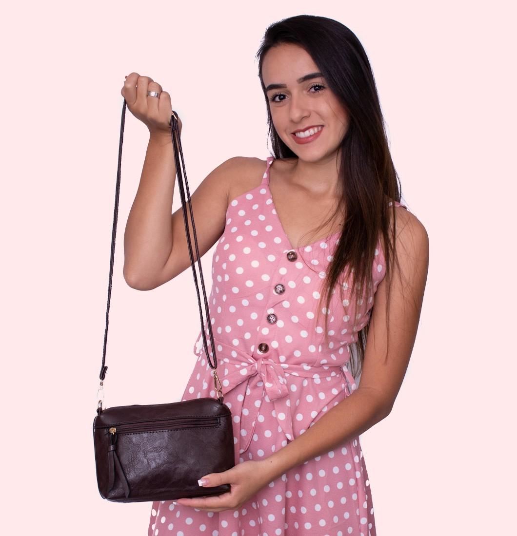 Bolsa Feminina Lateral Básica com Textura