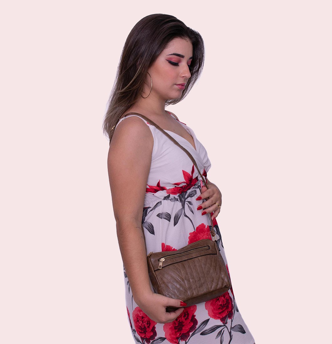 Bolsa Feminina Lateral Com Duas Divisórias Básica