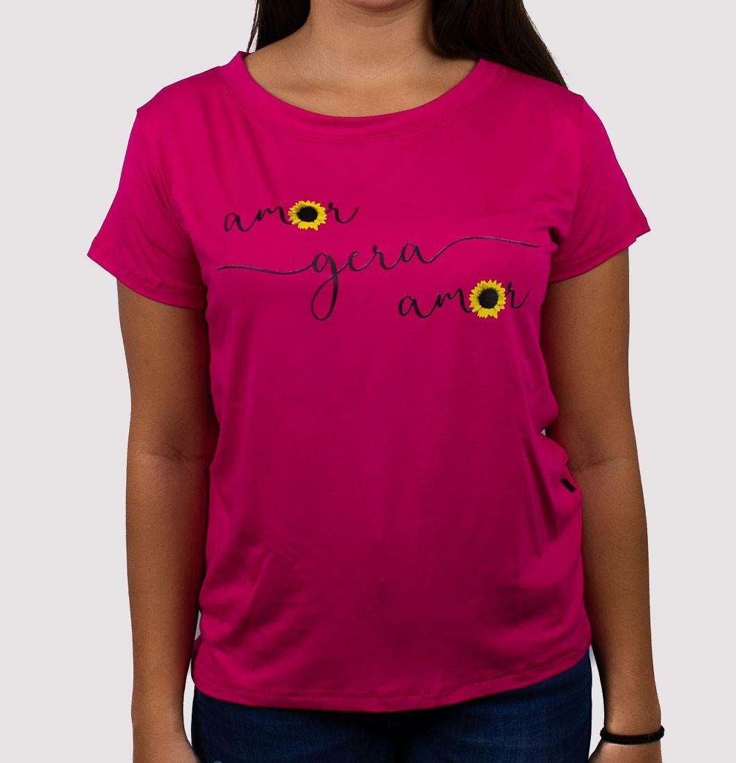 T Shirt feminina com estampa girassol
