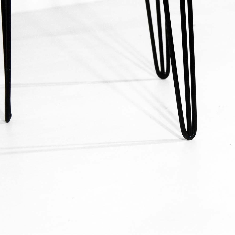 Mesa Lateral Decorativa Sandy Pés Hairpin Legs Preto Tampo Branco