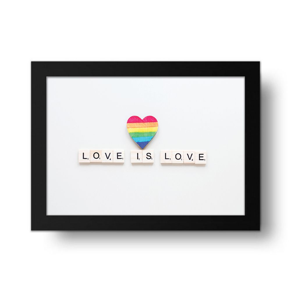 Placa Decorativa Love is Love