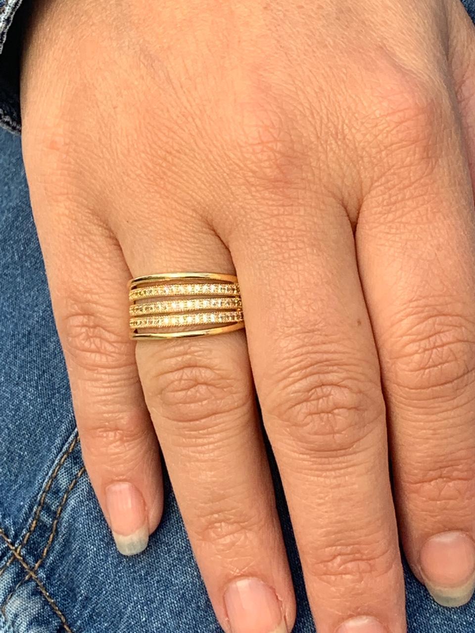 Anel Folheado Dourado Com Três Filetes De Micro Zircônia Tam15   ANF07