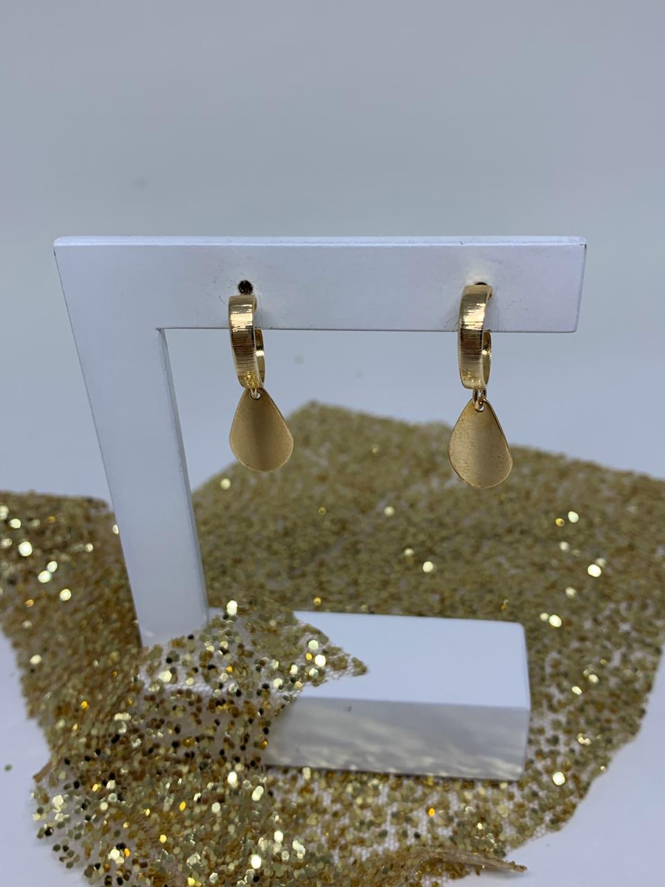 Brinco Folheado Dourado Argolinha ping gota dourada | BF751