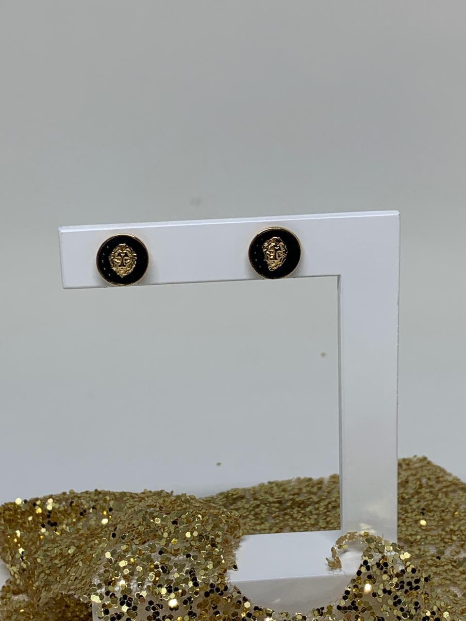 Brinco Folheado Dourado e preto moeda   | BF643