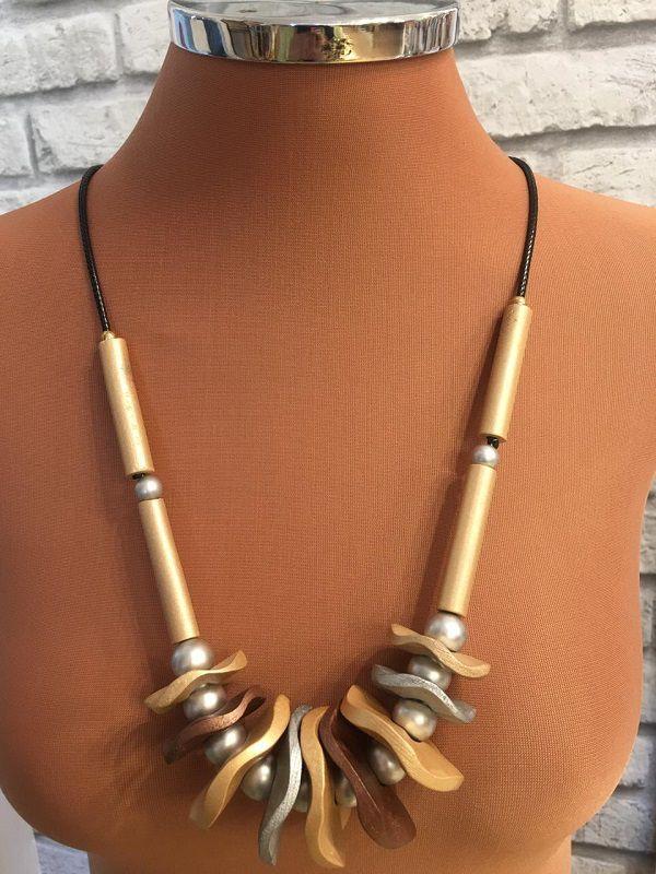 Colar Cordao Preto Resinas Prata Dourada E Rose | Col85