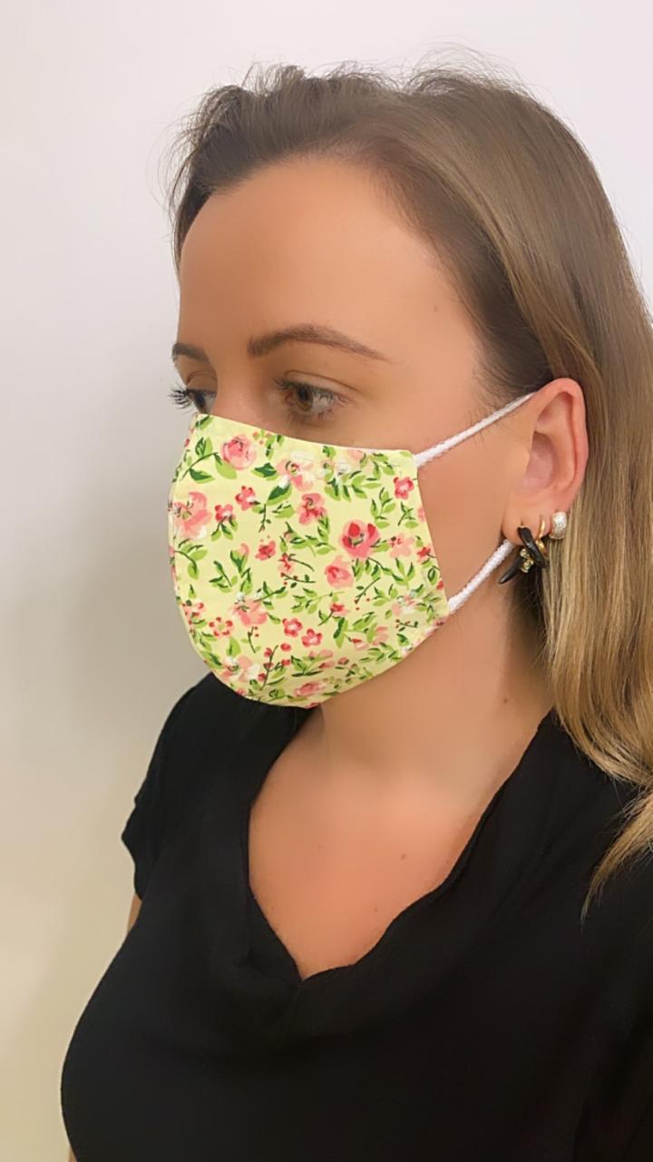 Máscara Anatômica estampa flores rosas camada dupla de tecido 100% algodão  | AC321