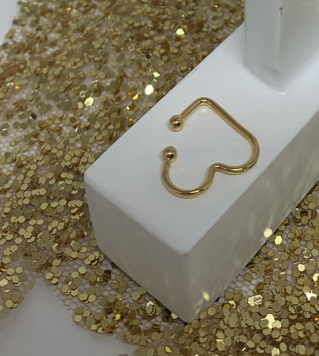 Piercing Folheado Dourado Formato Coração   PCF07