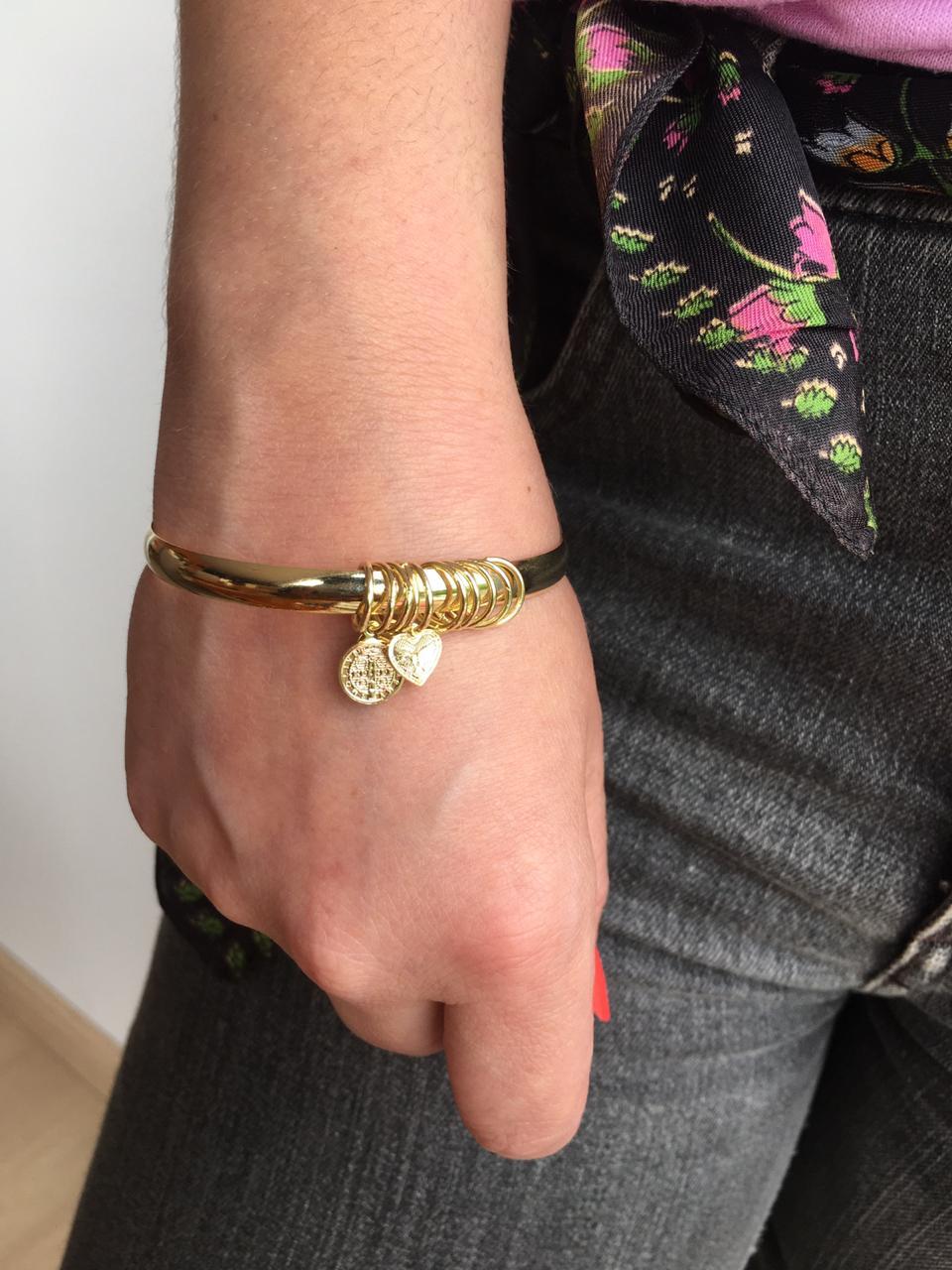 Pulseira Folheada Pequena Dourada com pingentes   PF522