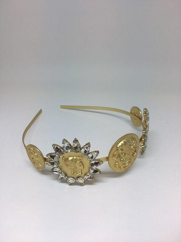 Tiara Dourada de moedas com motivos em sol | AC52