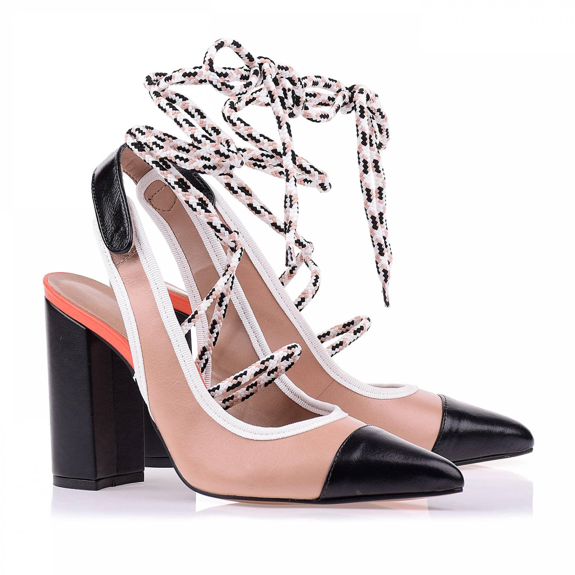 Chanel Salto Alto Prada Preto