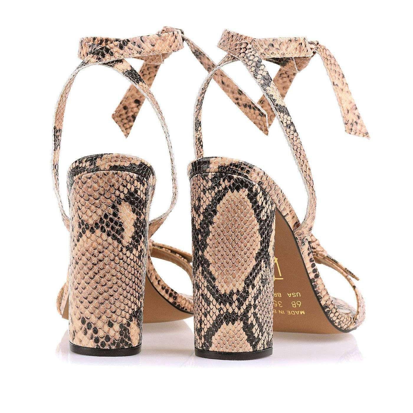 Sandália Salto Alto Grosso Lace Up Snake Chloe