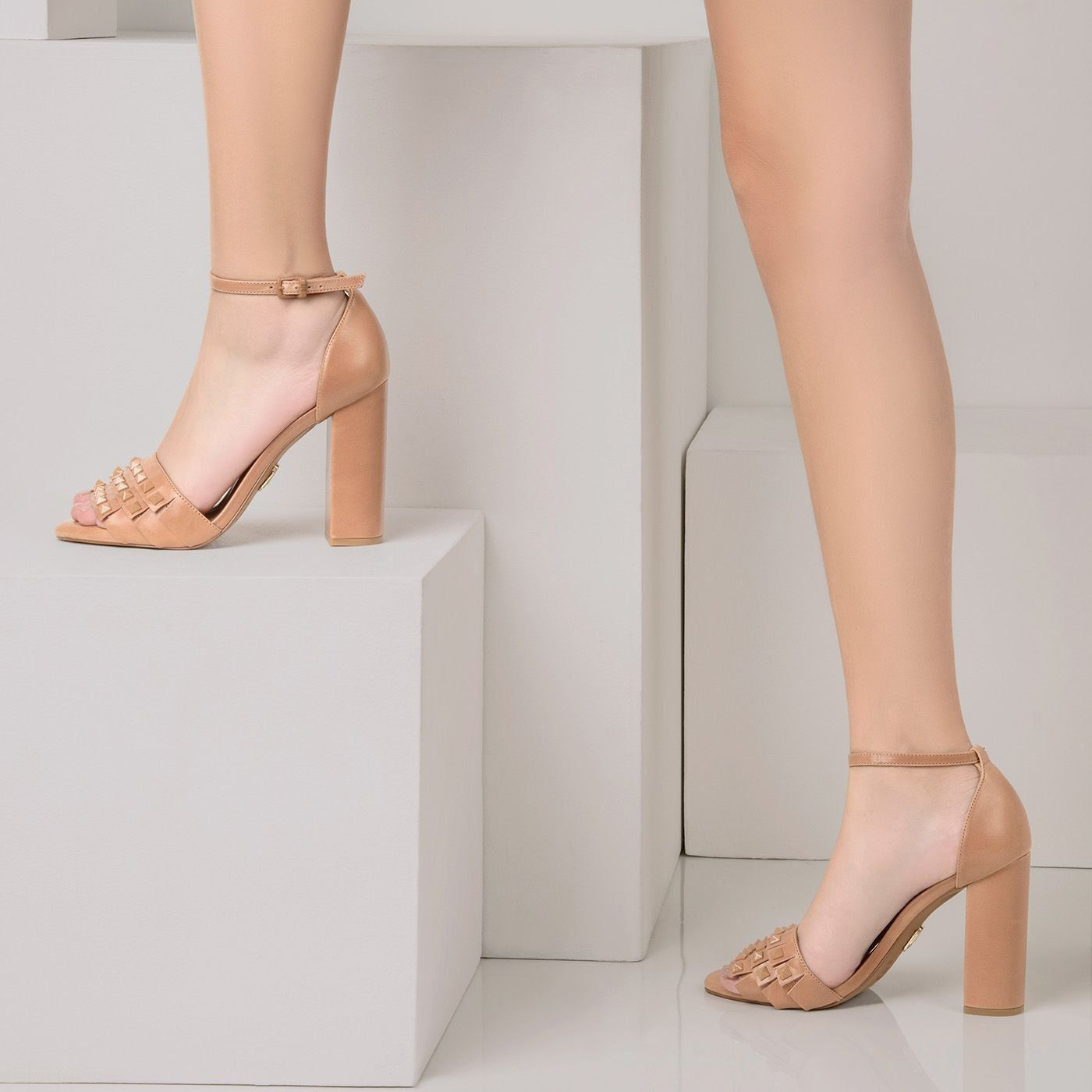 Sandália Salto Alto Tan