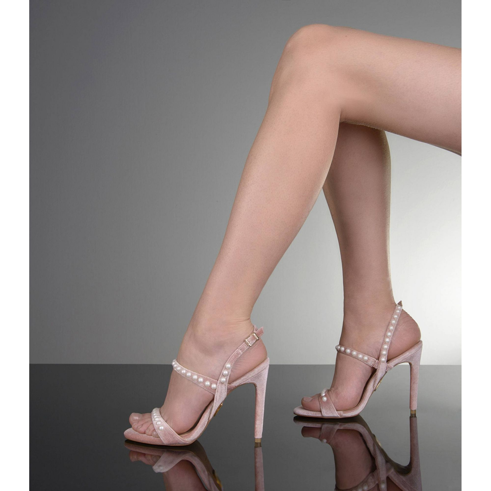 Sandália Salto Alto Velluto Nude