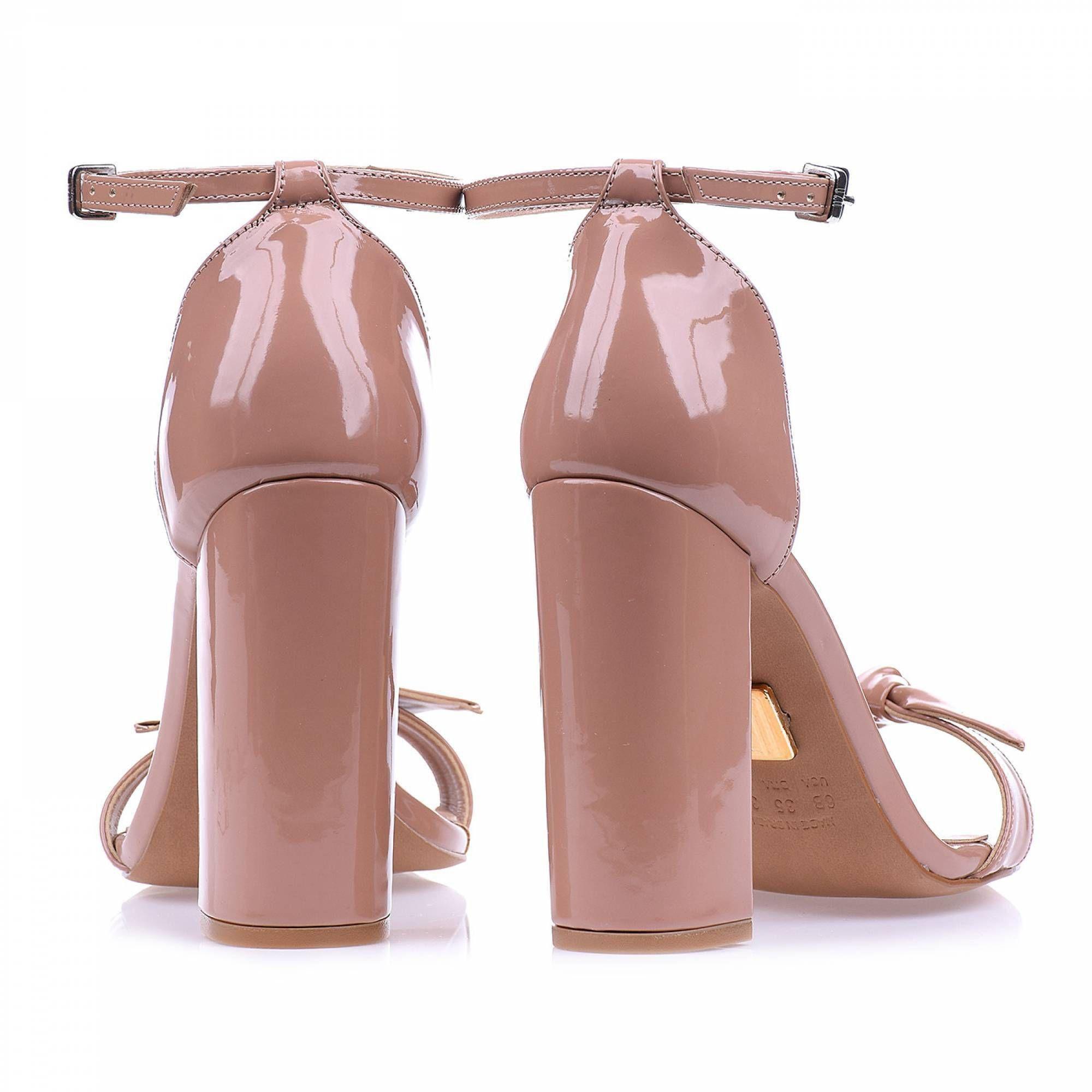 Sandália Salto Alto Verniz Nude