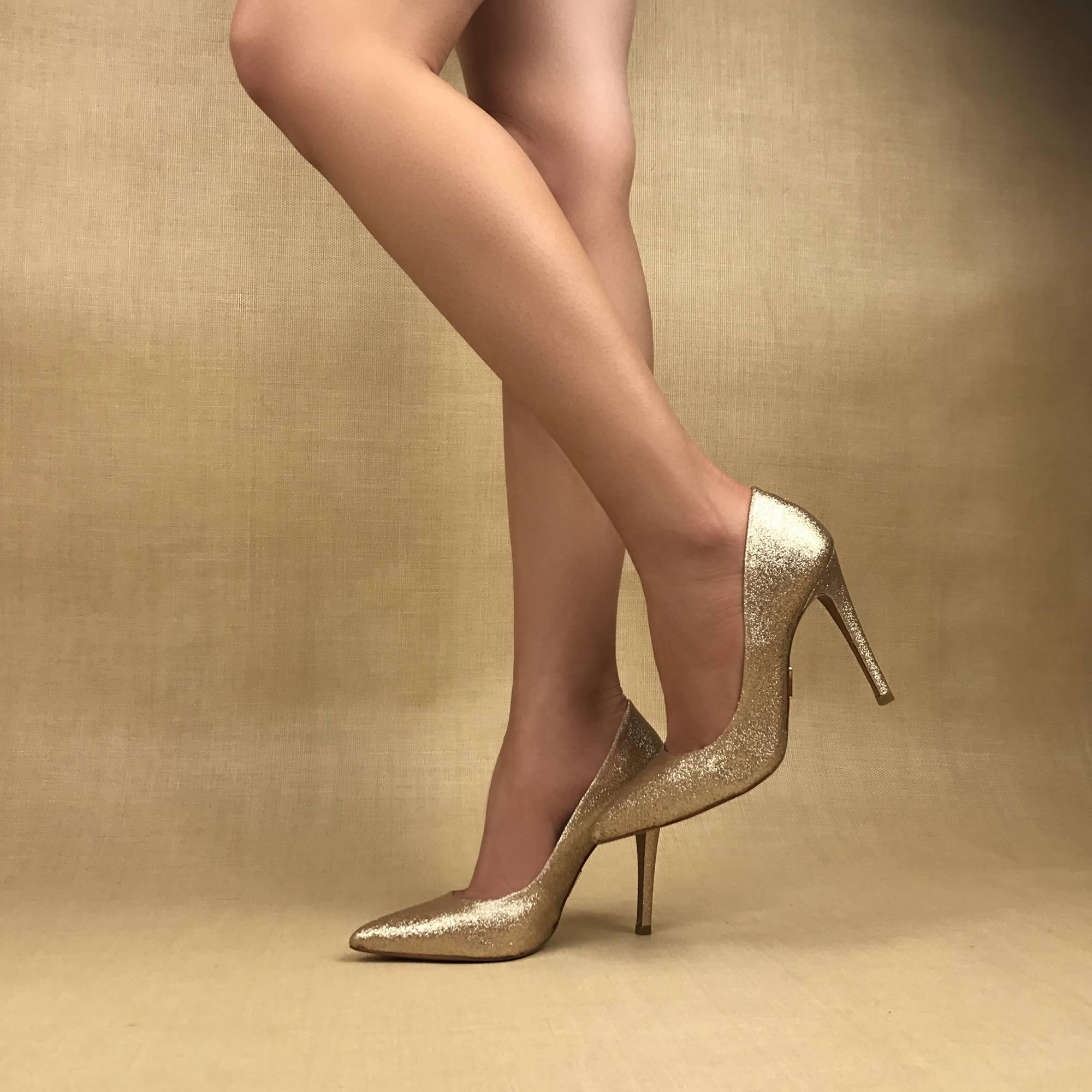 Scarpin Salto Alto Glam Ouro