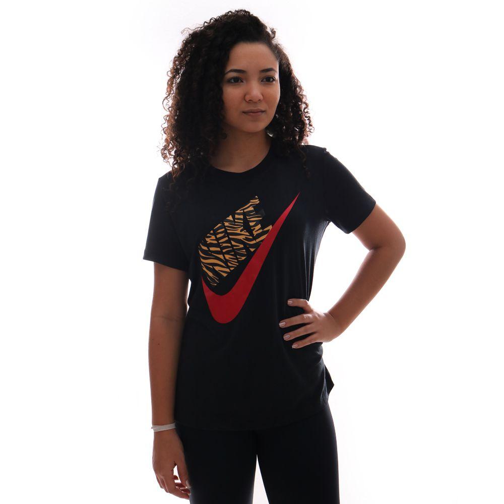 Camiseta Nike Sportswear Feminina