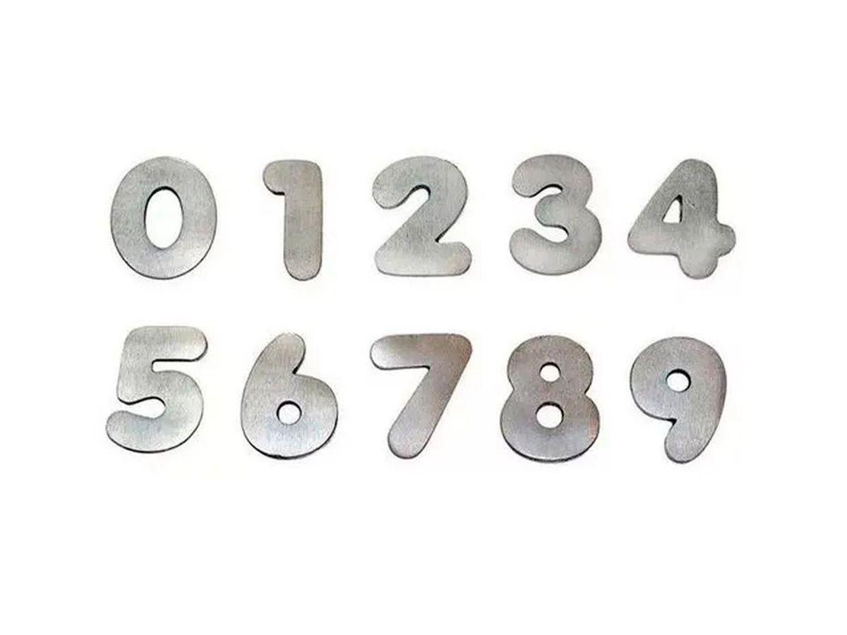 Algarismos de 0 A 9 em Alumínio Polido Pequeno 14cm
