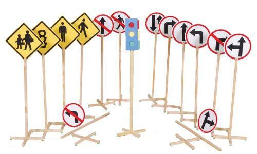 Educação de Trânsito 14 Placas + 1 Semáfaro Simples
