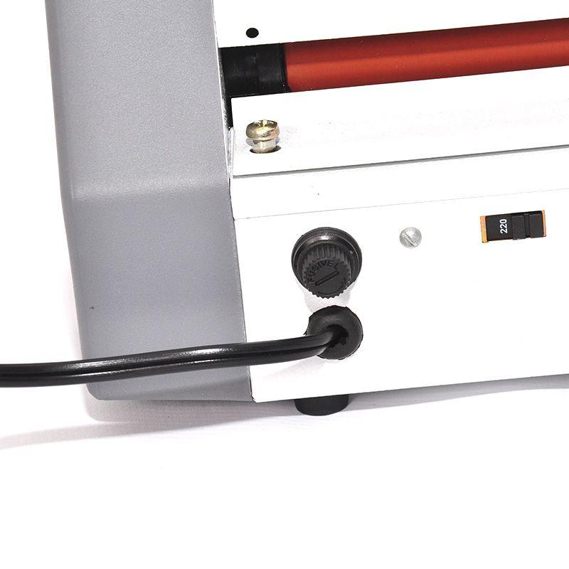 Plastificadora Gazela Compacta  Rg/Cpf/Titulo/Crachá Até 12cm  AC 00.12.30