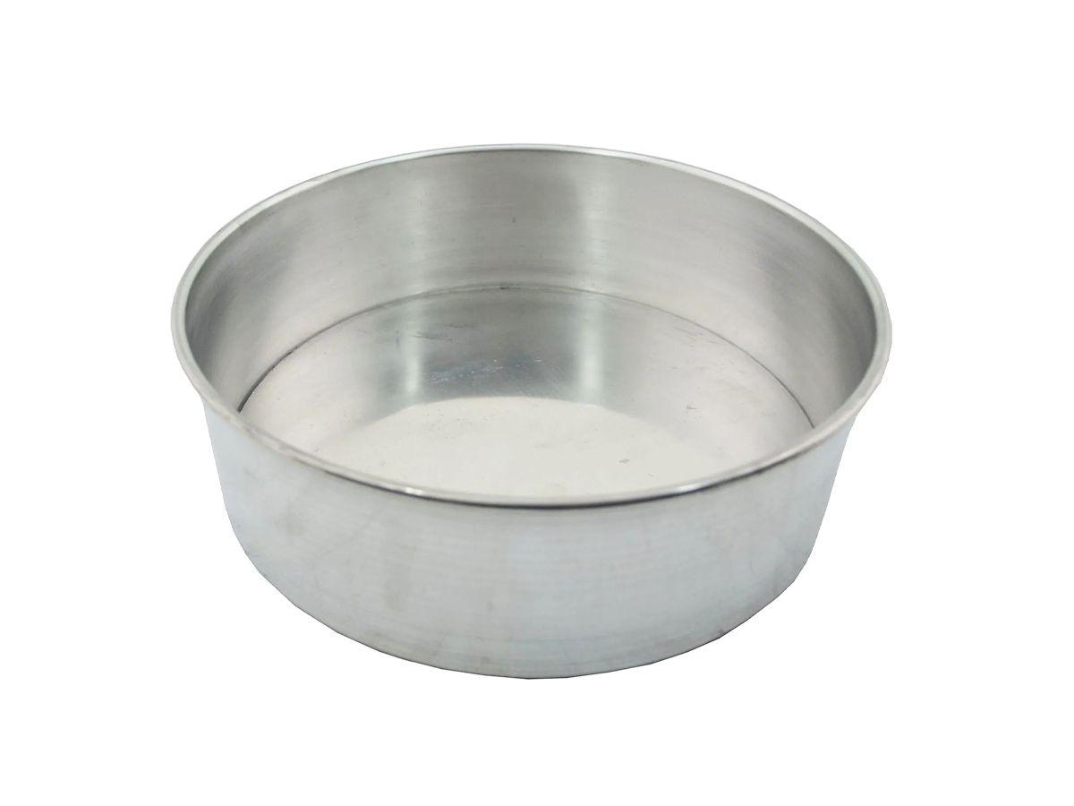 Forma de Bolo Assadeira Alta Fundo Falso em Alumínio 20cm