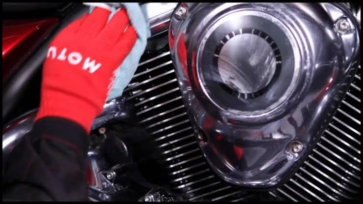 MOTUL MC CARE E6 - Chrome & Alu Polish - 100ml