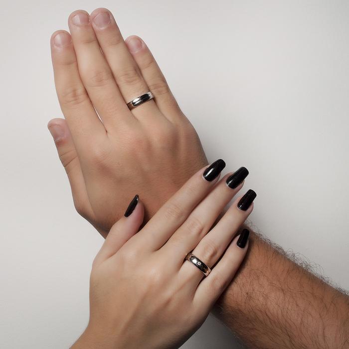 Aliança Masculina de Namoro com Filete de Ouro