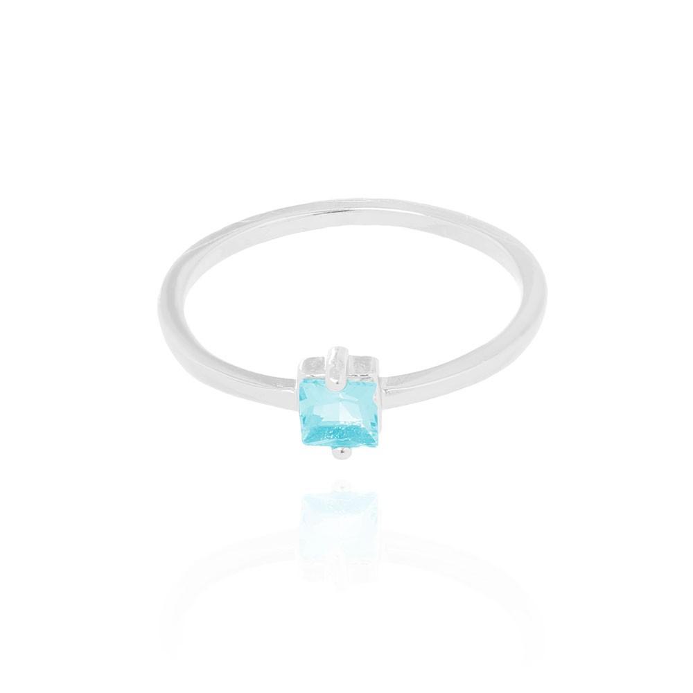 Anel Liso com Pedra Quadrada Folheado Ródio Cristal Aquamarine