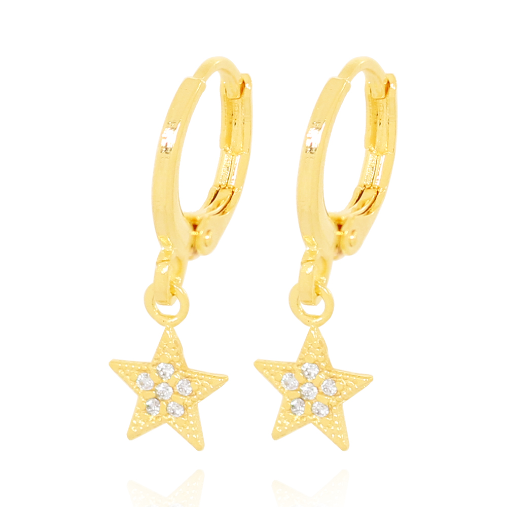 Brinco Argola com Pingente Estrela Pequena com Zircônias Folheado Ouro 18K