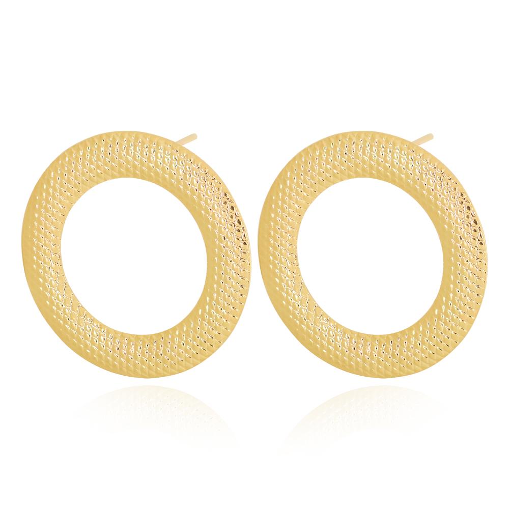 Brinco Círculo Vazado Texturizado Semijoia Ouro 18K