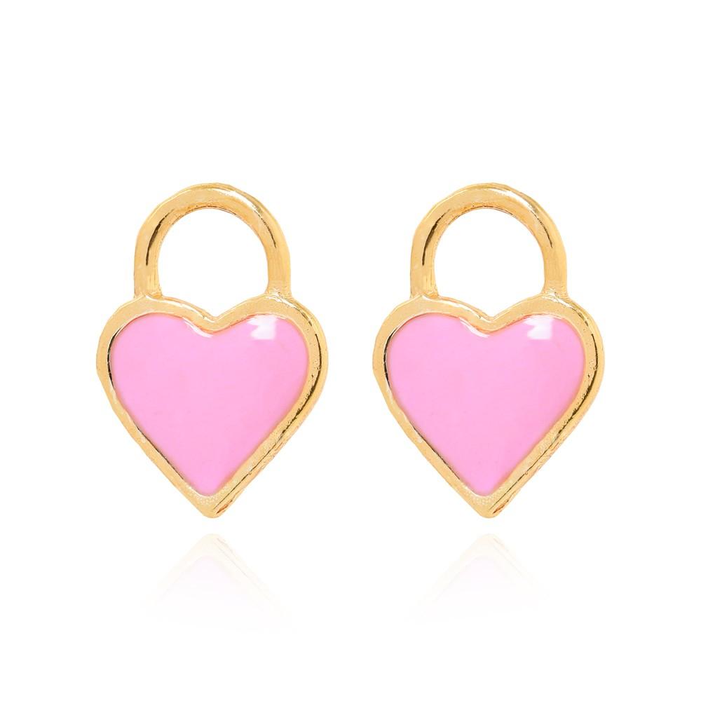 Brinco Coração Resinado Rosa Folheado Ouro 18K