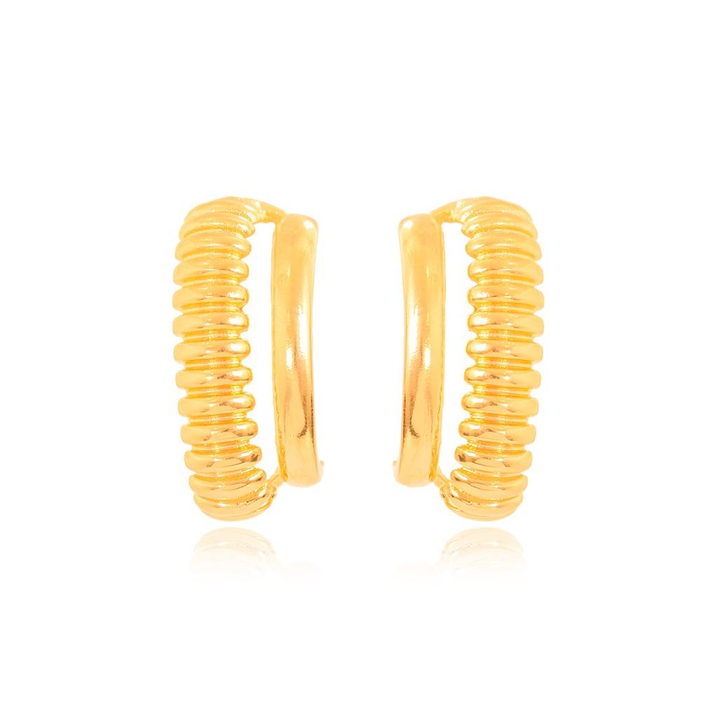 Brinco Ear Hook Folheado Ouro 18K com Detalhes Riscado e Parte Lisa