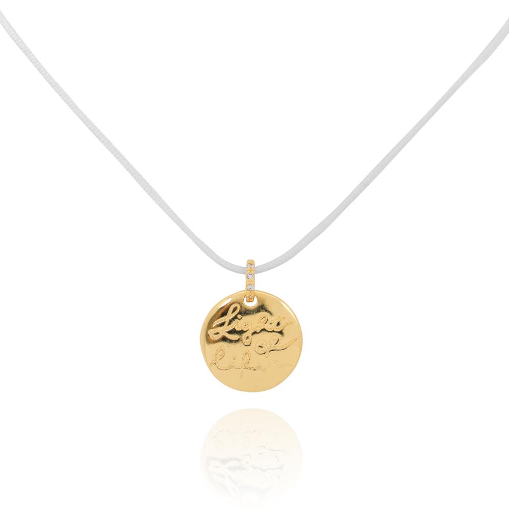 Colar Medalha Folheado Ouro 18k Light Of Life Fio de Seda Branco